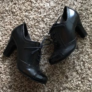 Rampage Kassy Black Oxford Heels size 8.5